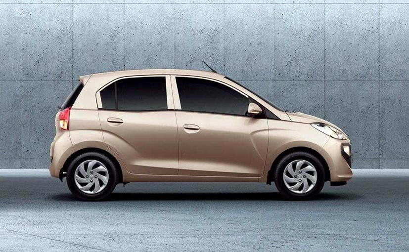 The new Hyundai Santro has bagged 14,208 orders within the first 9 days of pre-bookings