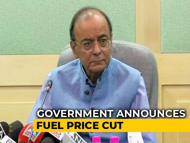 """Video : """"All Chief Ministers On Test Now,"""" Says Arun Jaitley, Cutting Fuel Price"""