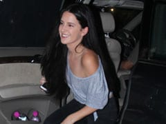 Isabelle Kaif Is Cool And Casual In An Off-Shoulder Top. Get Her Look