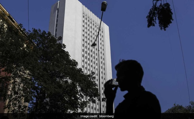Why India's First $10 Billion Foreign Bond Sale Plan May Falter
