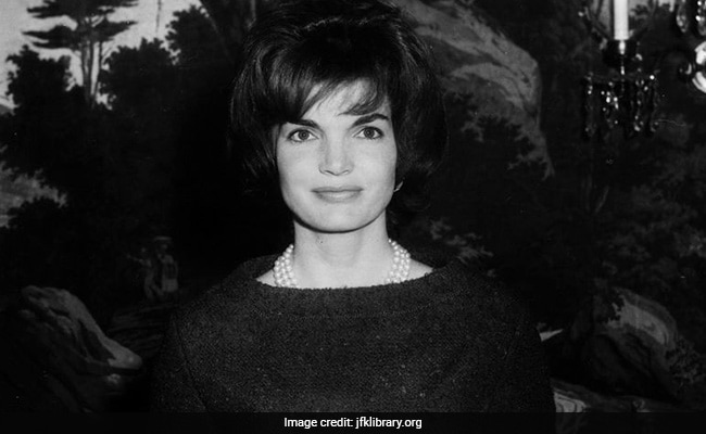 The Day Jackie Kennedy Became Jackie Onassis 'How Could You?'