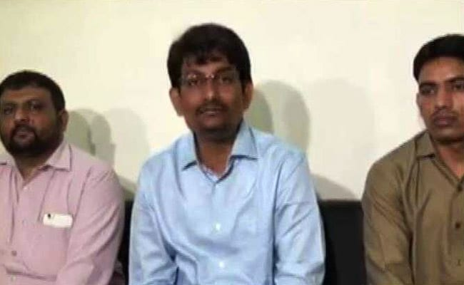 After Attack On Migrants In Gujarat, Alpesh Thakor To Sit On Fast Today