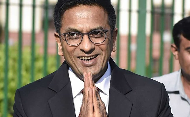 """""""Justice Chandrachud Has Fallen Off,"""" Lawyer Said. What Happened Next - NDTV"""