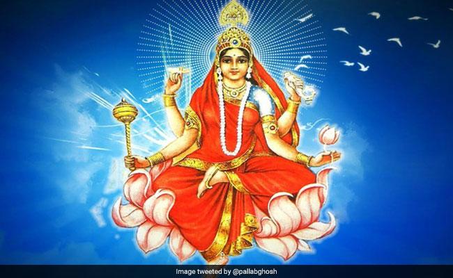 Navami Pujan 2018: नवरात्रि के आखिरी दिन पूजी जाती हैं मां सिद्धिदात्री, भगवान शिव भी करते हैं इनकी उपासना