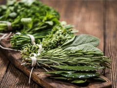 How To Use These 5 Herbs In Your Kitchen For Weight Loss