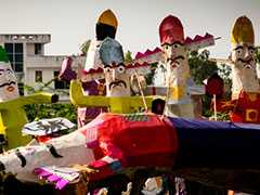 """""""No Celebrations In COVID-19 Containment Zones"""": Centre Issues Festival Guidelines"""