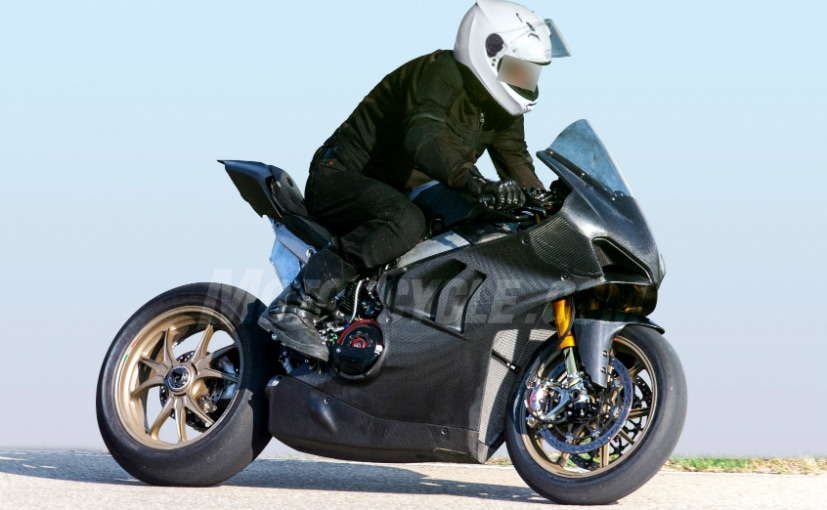 2019 ducati panigale v4 r spotted testing ndtv carandbike. Black Bedroom Furniture Sets. Home Design Ideas