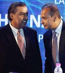Mukesh Ambani May Reap Rewards From Brother Anil's Telecom Woes