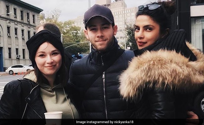 Pics Of Priyanka Chopra And Nick Jonas Chilling In New York