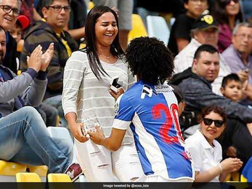 Watch: Venezuela Striker Eduard Bello Celebrates Goal By Proposing To Girlfriend In The Stands
