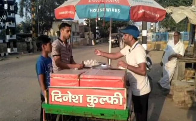 Arjuna Awardee boxer sells kulfis to repay debt