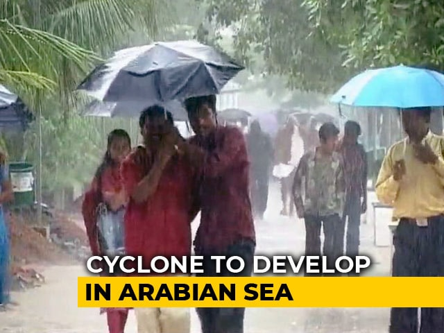 Video : Red Alert In 3 Kerala Districts For Extremely Heavy Rainfall On Sunday