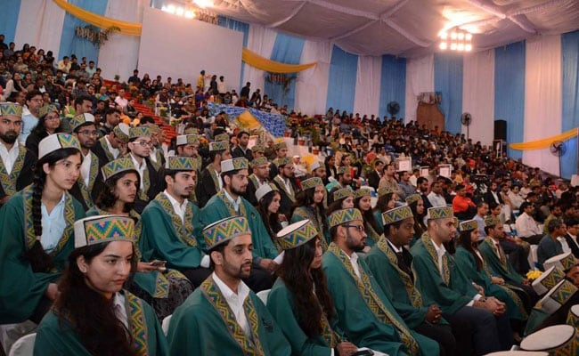 211 Students Including 40 Research Scholars Graduate At IIT Mandi Convocation