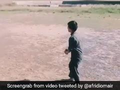 पाकिस्तान का ये बच्चा है जसप्रीत बुमराह का बड़ा फैन, उनकी तरह डाली खतरनाक गेंद, देखें VIDEO