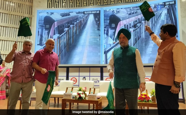Delhi Metro Joins Global Metro Networks Having Span Of Over 300 km
