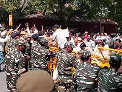 Protesting Sanitation Workers, Headed To Parliament, Chased Away By Cops