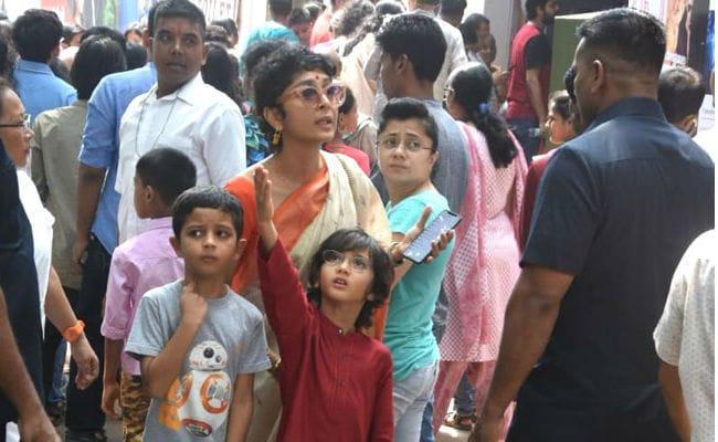 Navami 2018: Kiran Rao And Little Azad Spotted At A Durga Puja Pandal Minus Aamir Khan