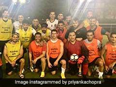 MS Dhoni ने प्रियंका चोपड़ा के मंगेतर के साथ खेला फुटबॉल, दिखे कई बॉलीवुड सेलेब्स