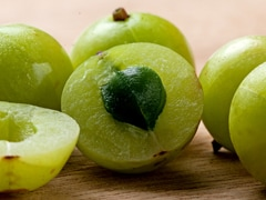 Here's Why You Should Add <I>Amla </I> To Your Daily Diet: Try These 3 Interesting <I>Amla </I> Recipes