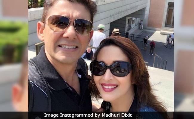 Madhuri Dixit Borrows A Dil Toh Pagal Hai Line For Wedding Anniversary Post