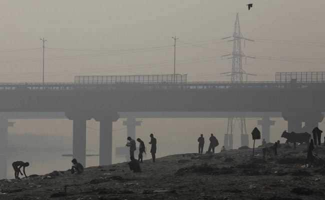 Haze Hovers Over Delhi, Air Quality Slumps To 'Severe'