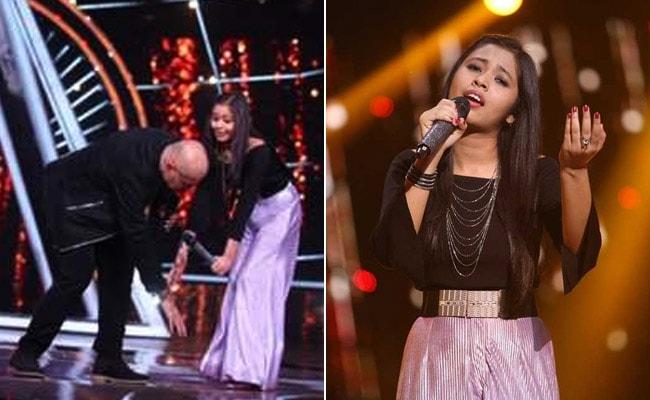 Indian Idol 10: গান শুনে স্টেজে উঠে নীলাঞ্জনাকে সোনার চেন পরিয়ে দিলেন ফ্যান, প্রণাম করলেন বিচারক