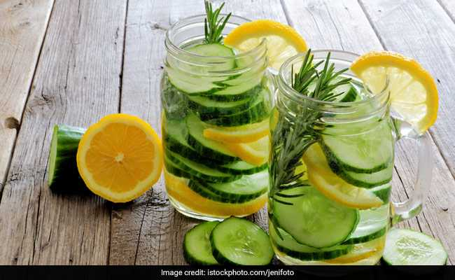 Summer Detox: Interesting Ways To Spruce Up Your Water This Summer