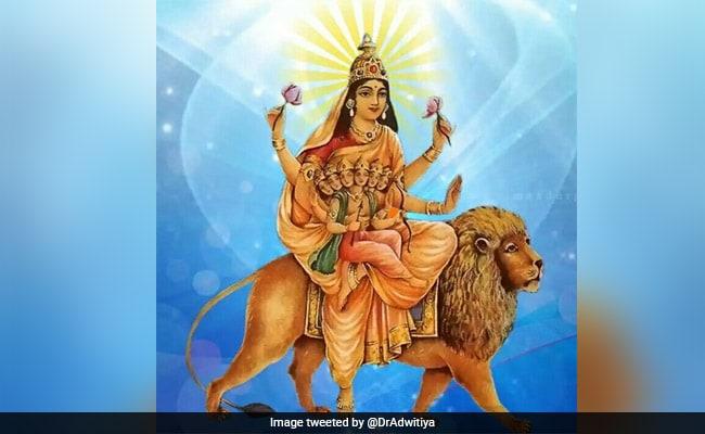 Navratri 2018: मां दुर्गा का पांचवा रूप है स्कंदमाता, जानिए इनकी खास आरती
