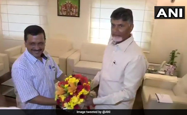 Ahead Of 2019 Polls, Arvind Kejriwal Meets Chandrababu Naidu In Delhi