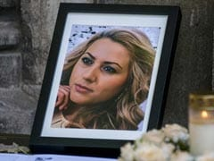 Hundreds Mourn Bulgarian Journalist Who Was Raped, Murdered