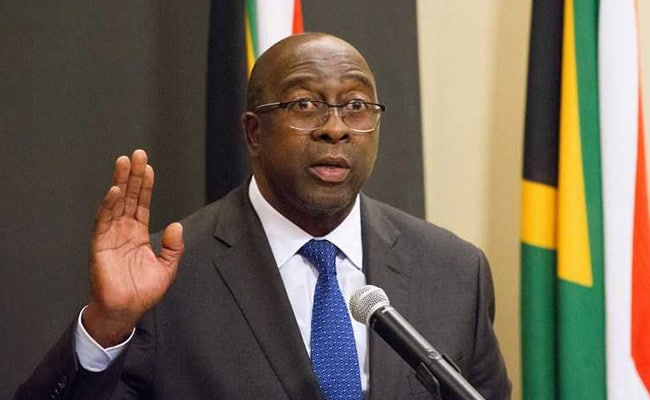 South Africa's Finance Minister Resigns Over Corruption Links With Guptas