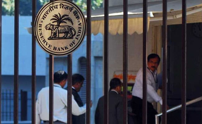 RBI Lowers GDP Growth Forecast To 6.9% For 2019-20