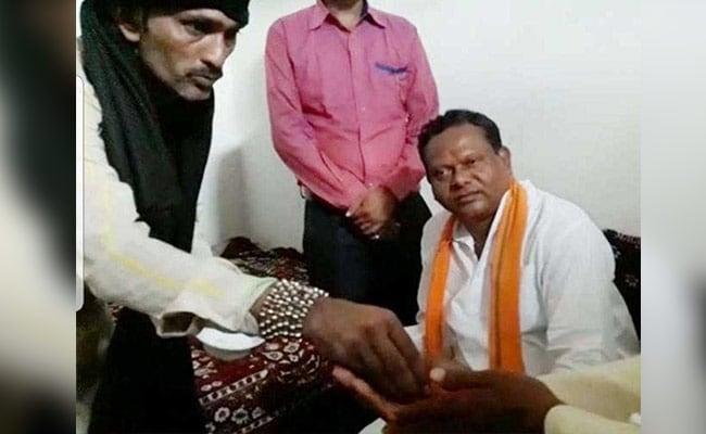 छत्तीसगढ़ः कंबल बाबा के ऑडियो से सियासी तूफान, बोले- 10 करोड़ और मंत्री बनने के लिए कांग्रेसी नेता गए BJP में