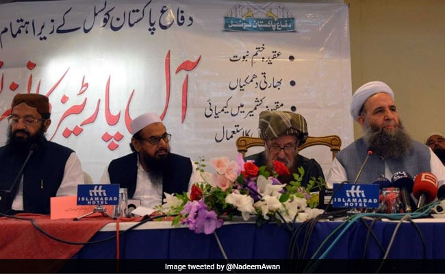 Day After Pak Anti-Terror Boast At UN, Minister Sits Next To Hafiz Saeed