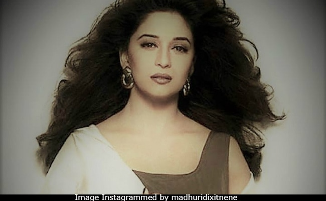 Madhuri Dixit Lights Up The Internet With Another Blockbuster Throwback Pic