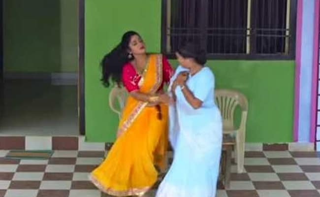 भोजपुरी एक्ट्रेस शुभी शर्मा ने सास से की जंग तो 'पति' बोले, 'घरवा भइल बा कारगिल'- Video हुआ वायरल