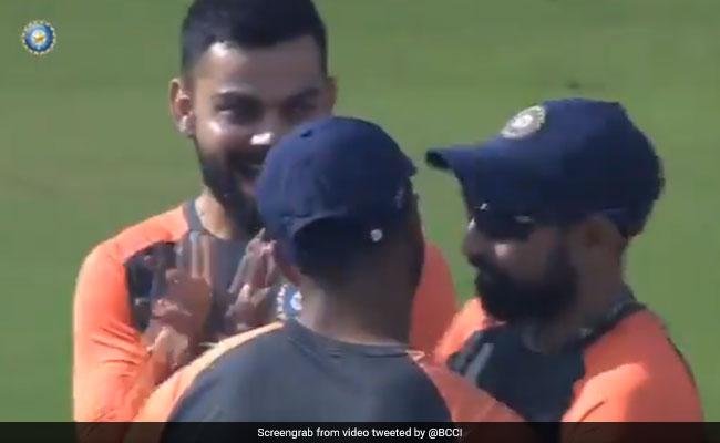 IND vs WI: विराट कोहली ने मैच से पहले लिए इस खिलाड़ी के मजे, वायरल हुआ VIDEO