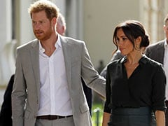 Meghan Markle, Prince Harry Arrive In Australia For First Overseas Tour