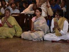 Durga Ashtami: Amitabh Bachchan, Jaya Bachchan And Shweta Step Out For Puja