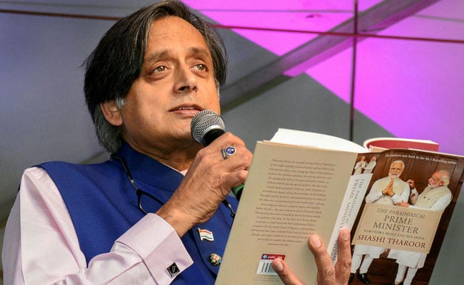 Shashi Tharoor Pm Modi Is Like A Scorpion On Shivling Said Rss Man