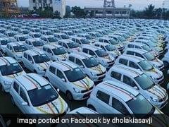 सूरत के हीरा व्यापारी सावजी ढोलकिया ने अपने कर्मचारियों को दिवाली गिफ्ट में दिए बैंक में FD और कारें