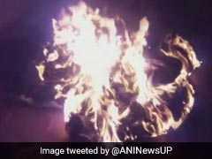 इलाहाबाद यूनिवर्सिटी में आगजनी के मामले में एबीवीपी के प्रत्याशी पर मामला दर्ज, 4 गिरफ्तार