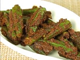 Video : How To Make Achari Bhindi at Home