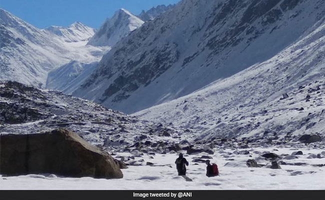 As Temperature Dips, River Freezes In Himachal Pradesh
