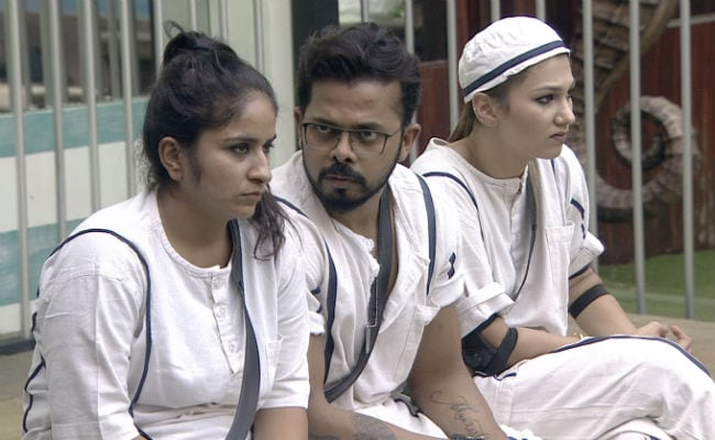 Bigg Boss 12, Day 21, Written Update: Sreesanth Upset After Cricket Is 'Banned' In The House