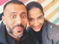 Sonam Kapoor And Anand Ahuja's Cute Instagram Exchange On Karva Chauth Is Winning The Internet