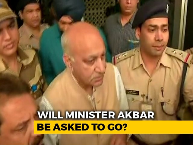 "Video : ""Statement Later,"" Says #MeToo-Accused MJ Akbar After Landing In Delhi"