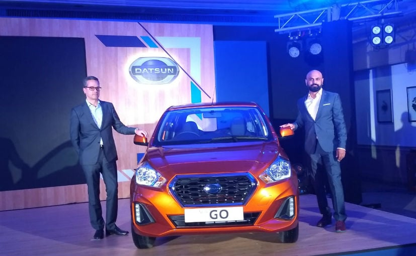 Peter Clissold VP Marketing & Abhishek Mahapatra VP Communications, Nissan India with the 2018 Datsun GO