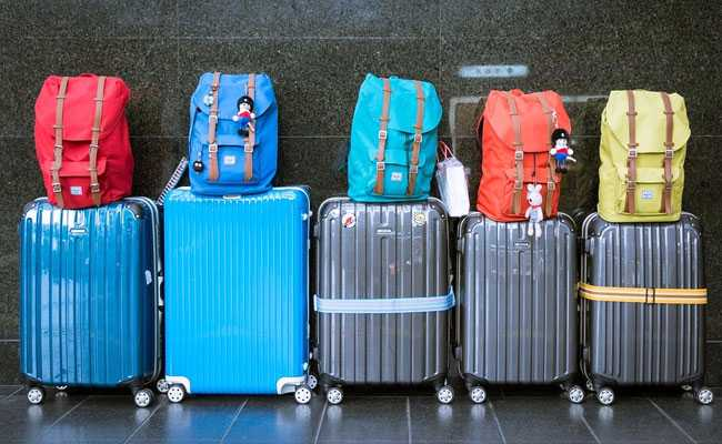 Parliamentary Panel Questions Top Airlines On Rising Excess Baggage Fees