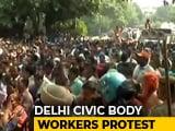 Video : Sanitation Workers Protest Near Arvind Kejriwal Home, He Agrees For Talks